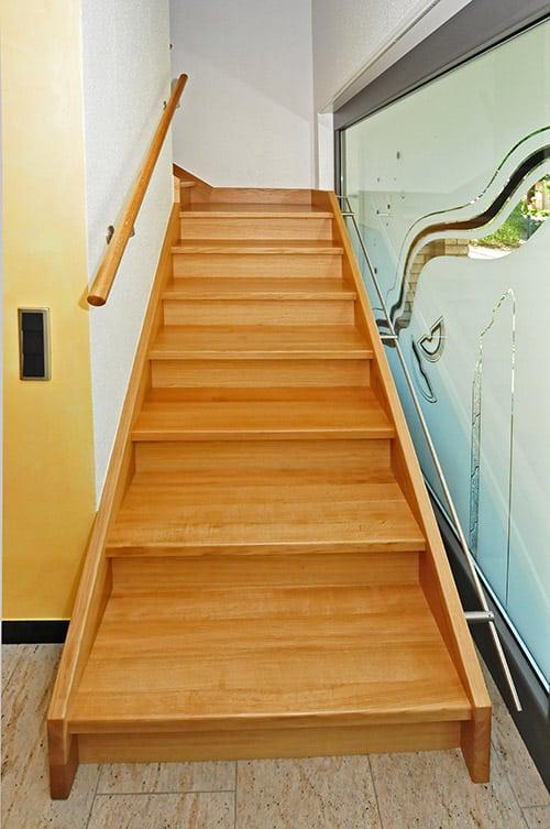 Treppenaufgang Eingangsbereich