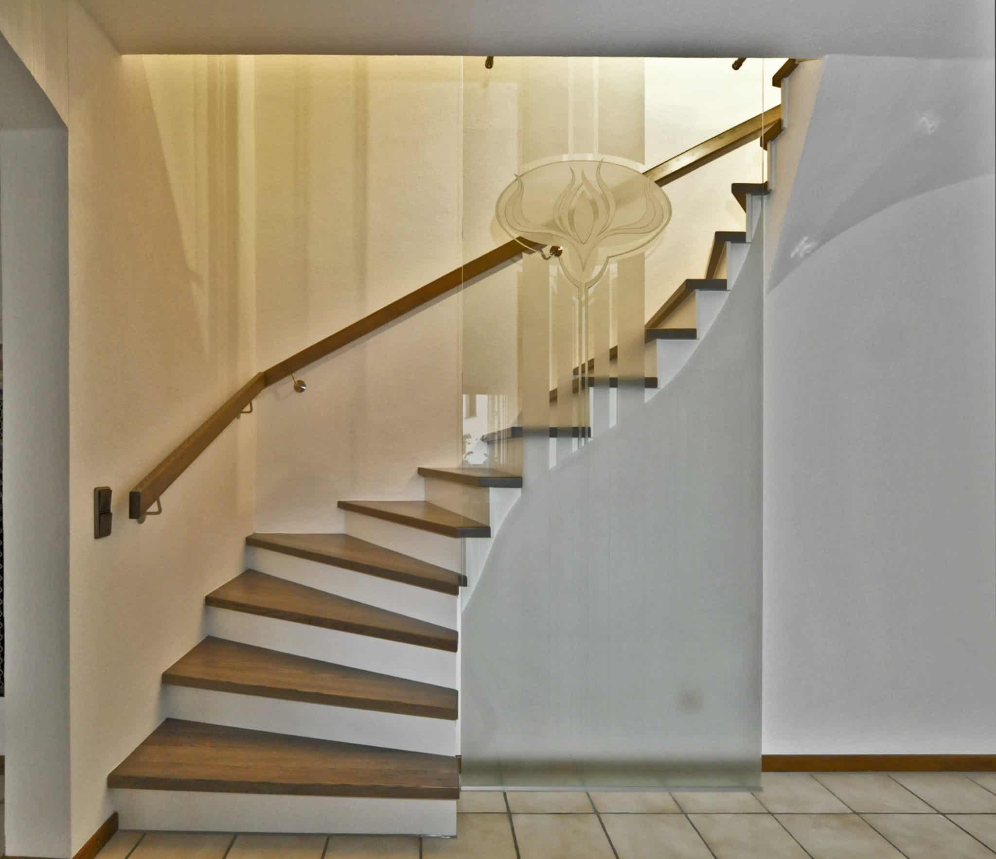 Treppen mit Kepkaverglasung