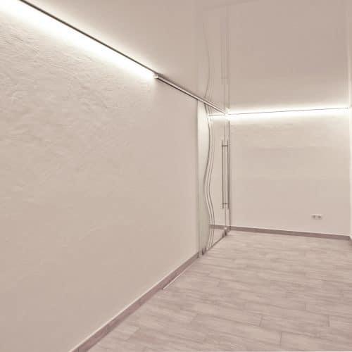 Weißglanz LED-Spanndecke